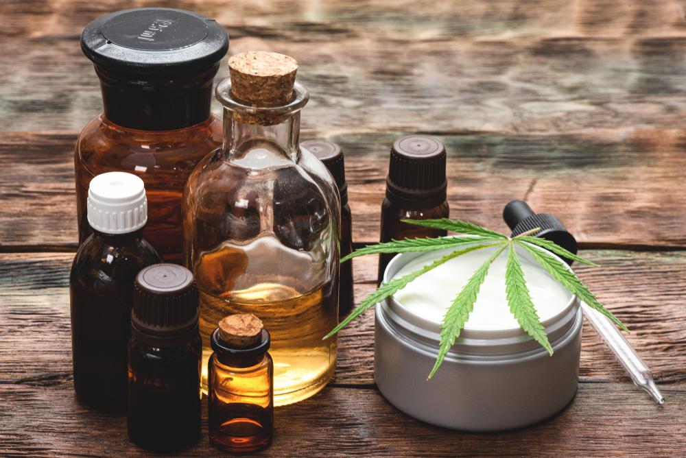 Verschiedene CBD Produkte
